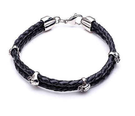 21cm Black Leather Bracelet with Skulls
