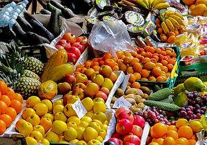 fruit-stand-2722944_640.jpg