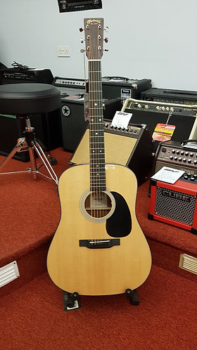 Martin & Co. D-12E electroc acoustic guitar