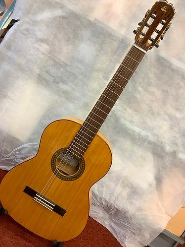 Admira Triana flamenco/classical guitar