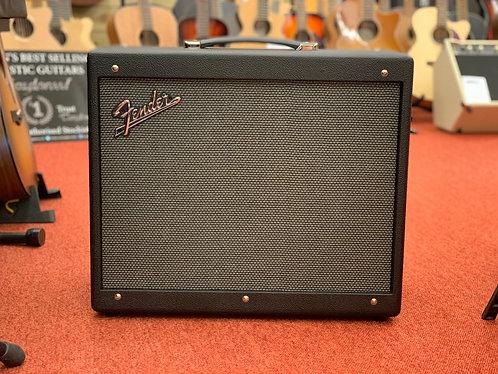 Fender Mustang GTX 100 (231-0706-000)