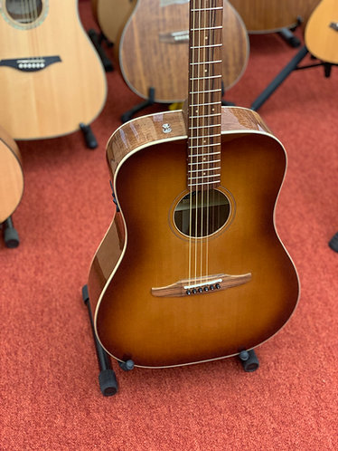 Fender Redondo Classic Electro-Acoustic Guitar