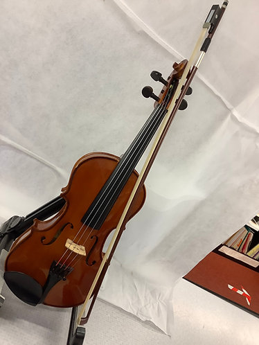 Stentor Pre owned 1/2 Size Student 2 violin outfit
