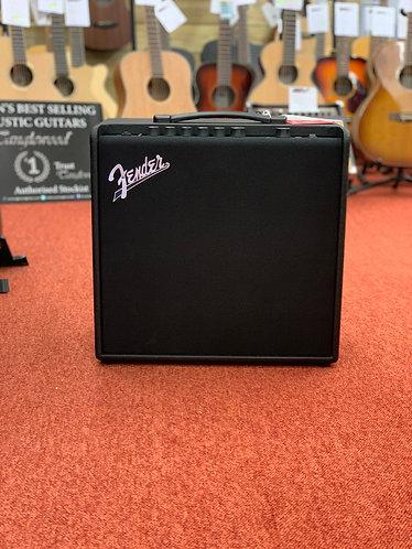 Fender Mustang LT50 (231-1206-000)