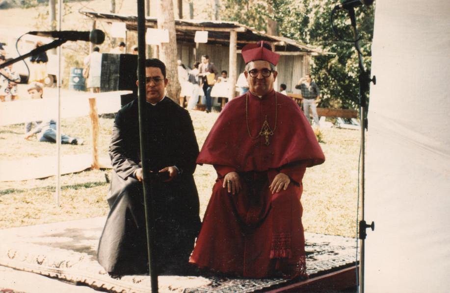 D. Licínio visita o Mosteiro da Santa Cruz
