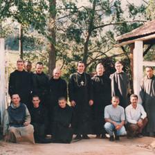 Visita de D. Galarreta ao mosteiro