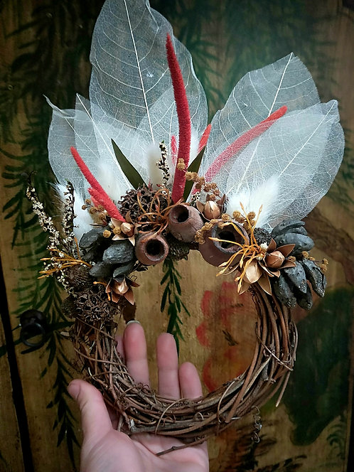 'Balmy Nights' - Handmade Natural Wreath