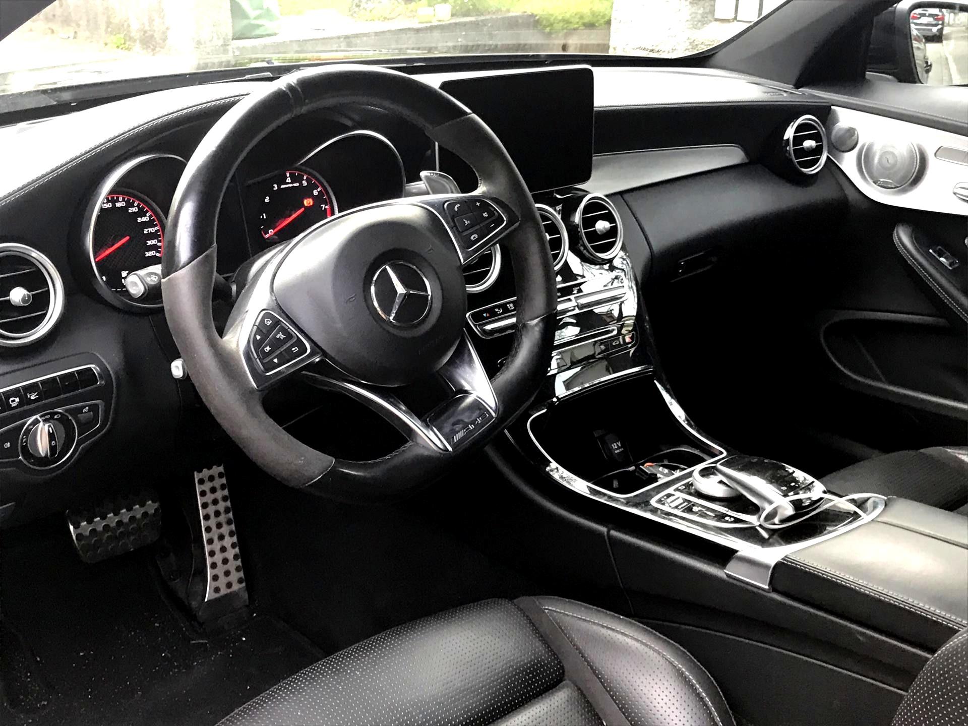Mercedes C63 AMG mieten