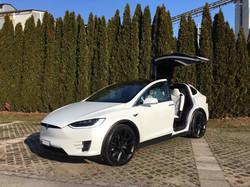 Tesla Model X mieten