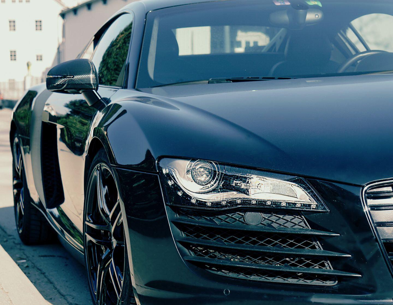 3h Audi R8 (schwarz) fahren