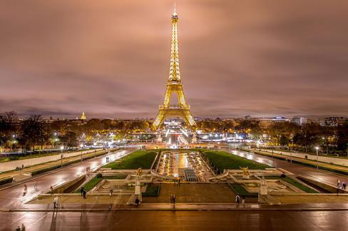 PRECHÁDZKA V PARÍŽI
