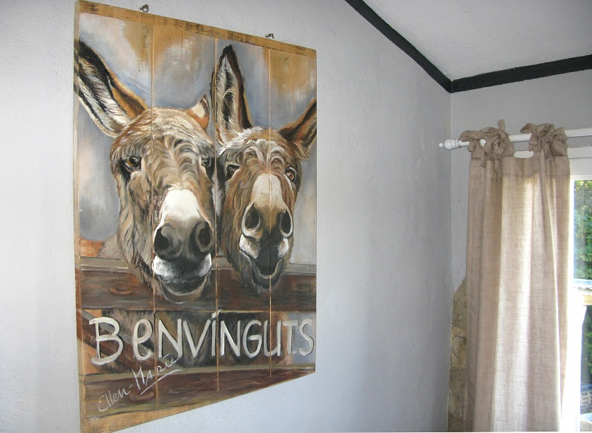 painting donkeys on wood