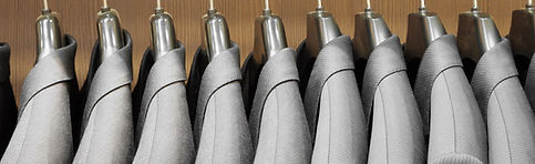 Textilreinigung mit über 40 Jahren Erfahrung. Wir holen die Kleider bei Ihnen ab.