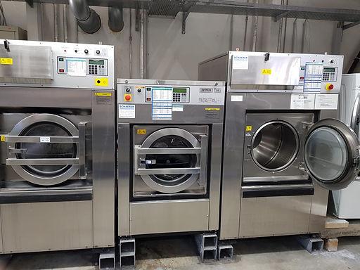 Wäscherei Luzern Jet Wasch, wir pflegen was Sie lieben. Ihre Lieblingskleider sind bei uns in besten Händen. Mit über 40 Jahren Erfahrung in der Textilpflege erhalten sie die beste Qualität