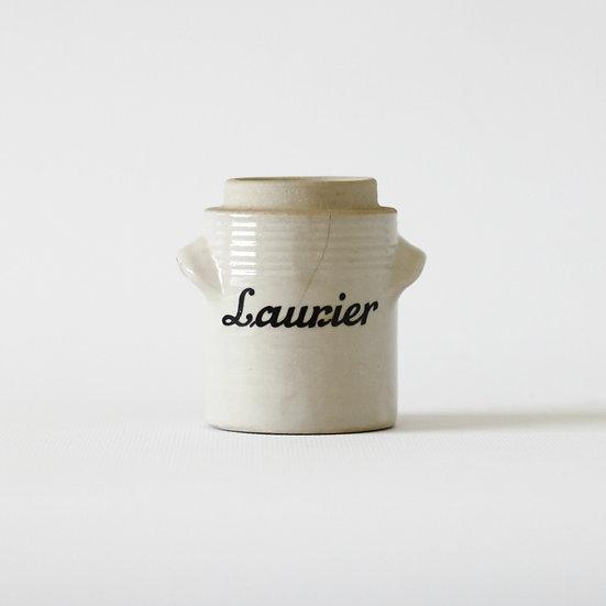 'Laurier' pot
