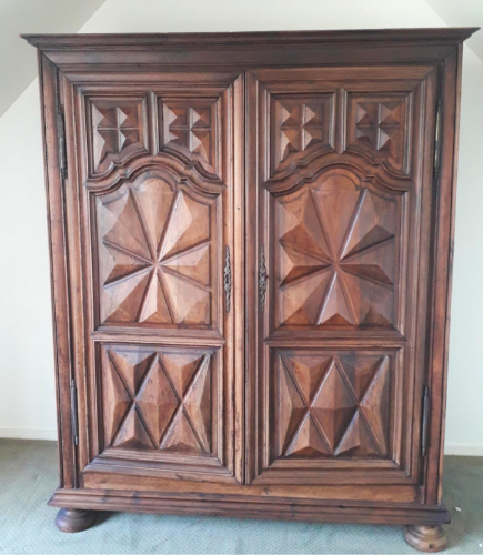 Louis XIII Armoire (early 1600's)
