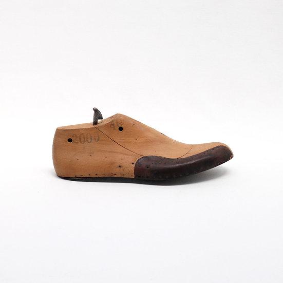 wooden shoe mould metal sole French European antique vintage furniture homeware décor nz side