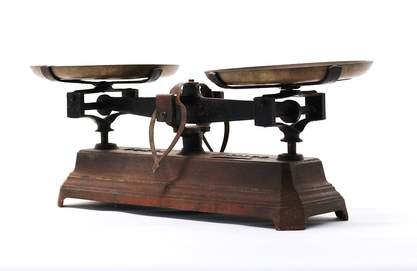 French-antique-vintage-industrial-scales-force-5-kilo-cast-iron-with-pans-nz-new-zealand-image-1