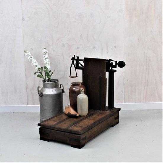 Industrial farm scales French European antique vintage furniture homeware décor nz front