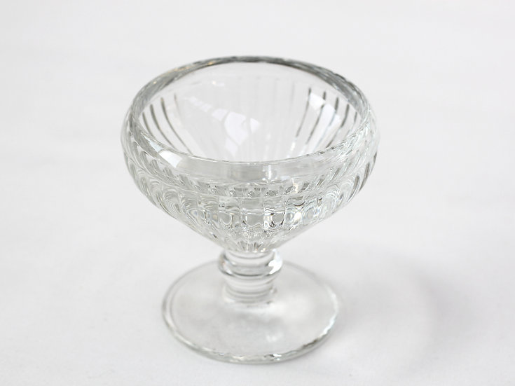 French-antique-vintage-pressed-glass-bonbon-dishes-set-of-2-nz-new-zealand-image-1