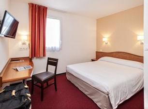 hotel-deltour-villeneuve-sur-lot-chambre