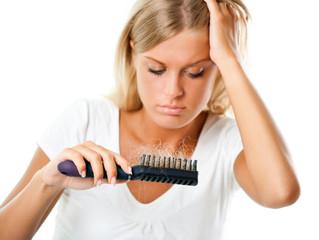 Haarausfall bei Frauen - Die möglichen Ursachen