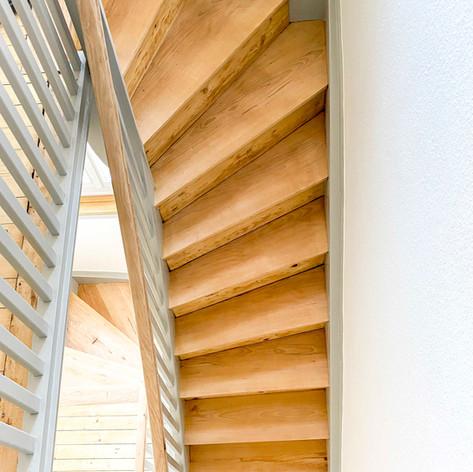 Treppe-2-Thun.jpg
