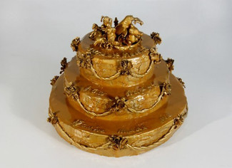 louiseerhard-cake-resin-art1.jpg