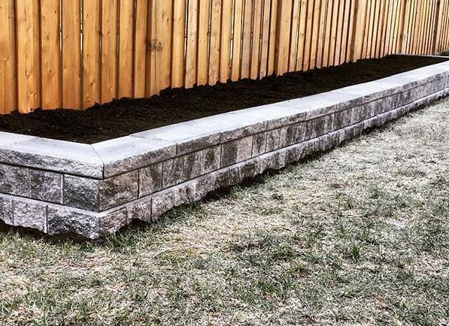 Interlock - Garden Retaining Wall