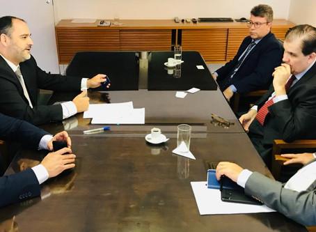 CODIN assina convênio com a FGV-Rio para estudos sobre projetos de infraestrutura...