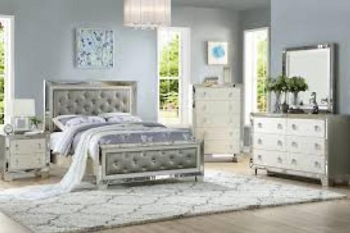 Vanity Updated 4-Piece Bedroom Set