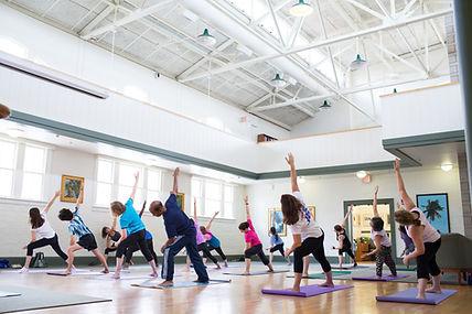 Yoga Ustler Hall - wellness edition_MCM_9619.jpg