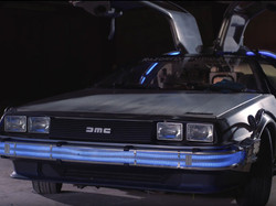 DeLorean Wings Up Front