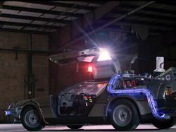 DeLorean Lit