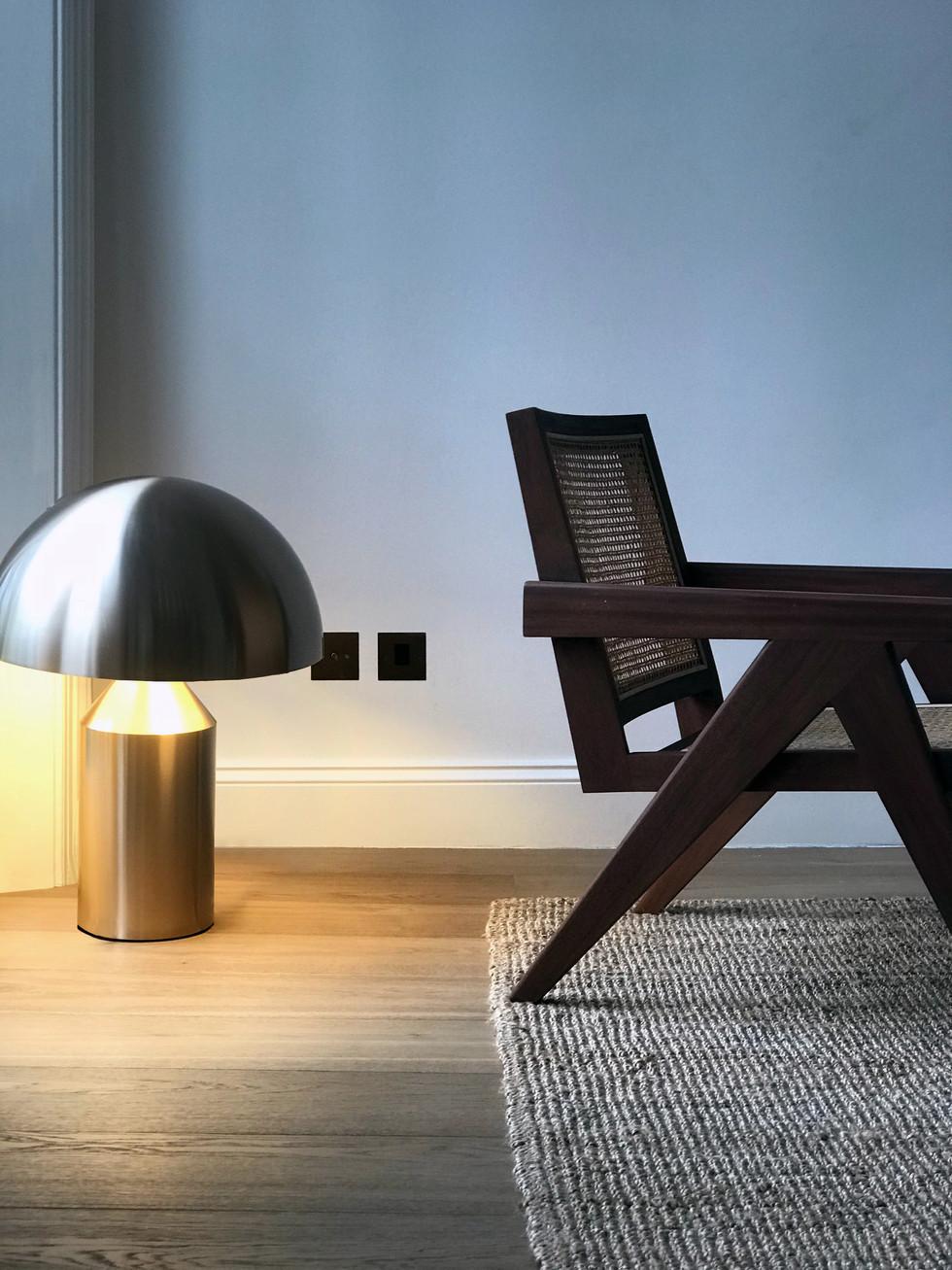 CHAIR_LAMP.jpg
