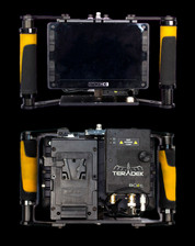 DP 7 high bright handdeld monitor