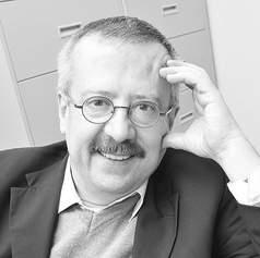 Carlos Manuel Urzúa Macías