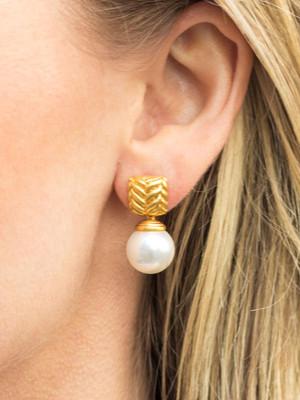 monterey-pearl-drop-earring_1000x.jpg