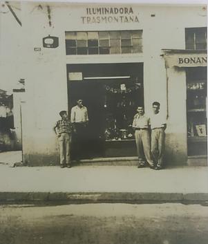 loja antiga.png
