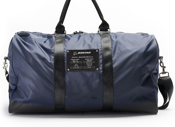 BOEING DUFFLE BAG - Made of 100% nylon. Imported.