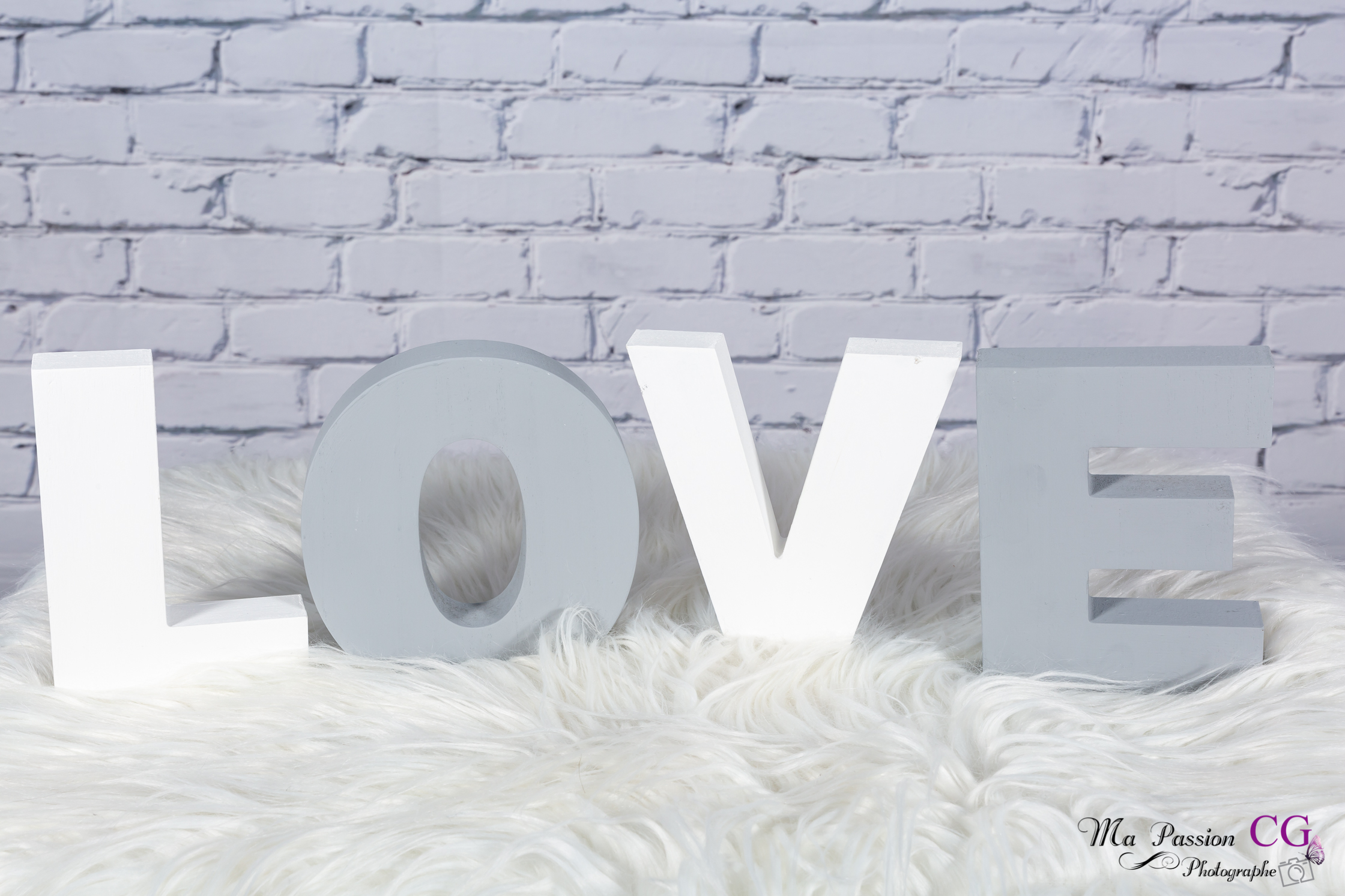 LOVE gris / blanc