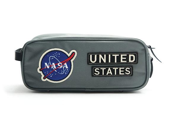 NASA TOILETRY KIT - Nylon toiletry kit. Orange nylon water-resistant interior.