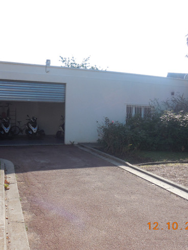 PM Garage.JPG