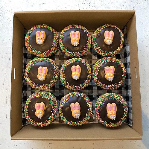 EASTER BUNNY CUPCAKES  (BOX9)