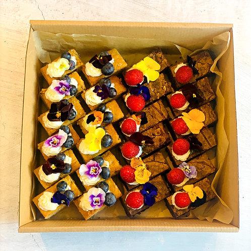 Mini Brownie & Banana Bites Box (24 piece)