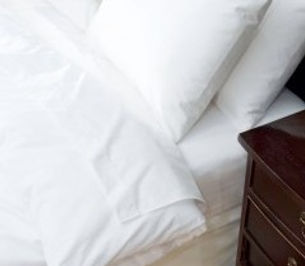 Poly/Cotton Hotel Sheets