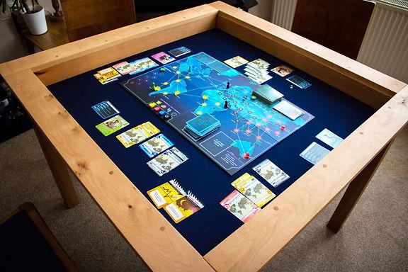 The Saorsa board game table
