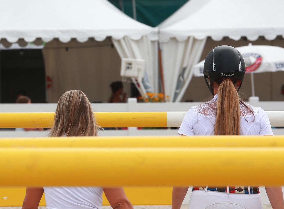 Parcourbesichtigung | Summer Jumping Festival | reitsportarena