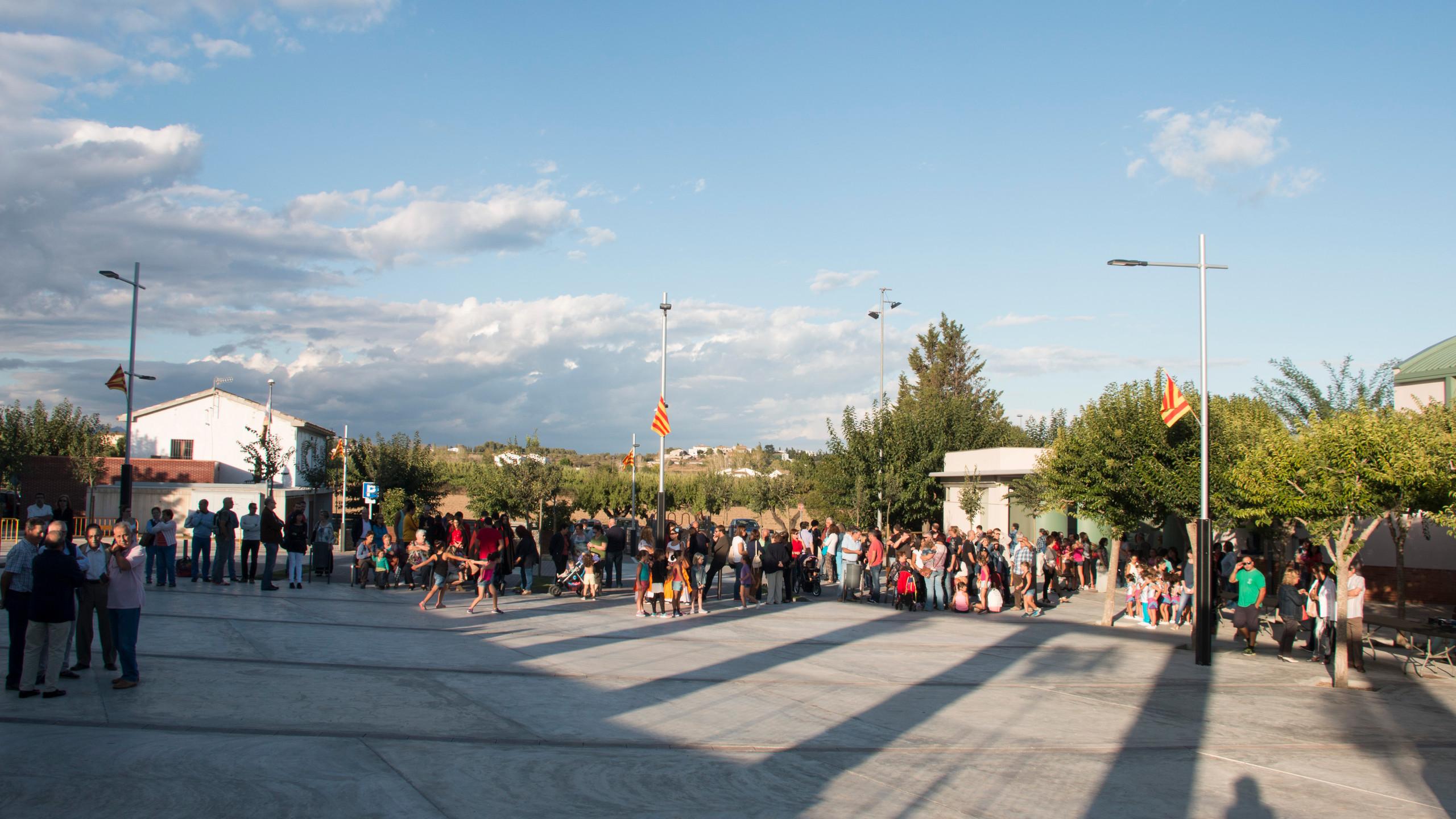 Plaça_de_la_vila_2