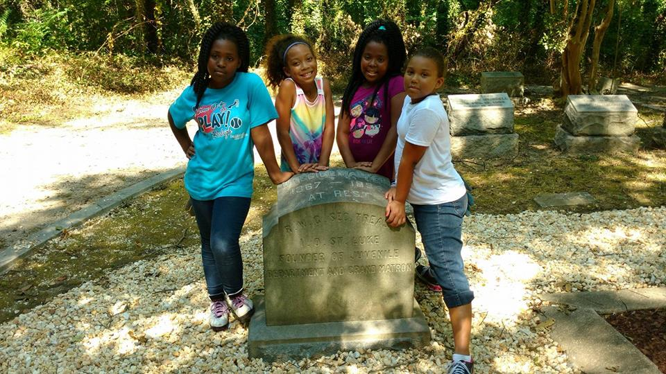 East End Cemetery Cleanup